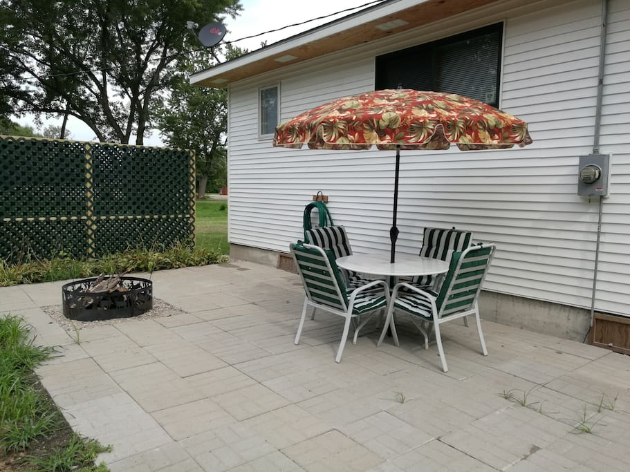 A large-concrete blocks patio, a fire ring, on the south side of the house, gives you ample opportunity for a quite evening, marshmallow roasting, or grilling.