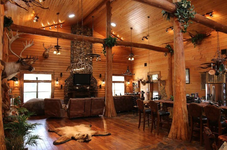 Magnificent Lodge Style Home with pool & hot tub