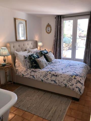 2 Double Bed Apartment, St Antonin du Var, Lorgues