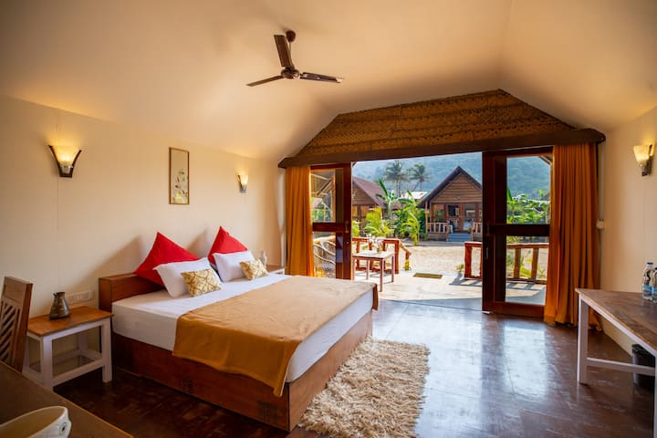 Royal Agonda Beach Hut 6