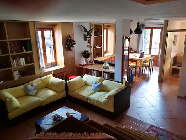 Calda ed accogliente Mansarda in Trentino