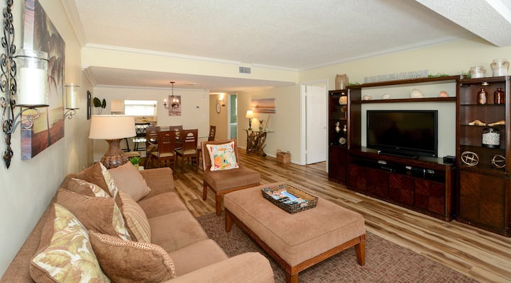 Condo 103 Vacation In Paradise in this beautiful 2BRs 2Baths home away from home at Sea Shell Beach Front Property