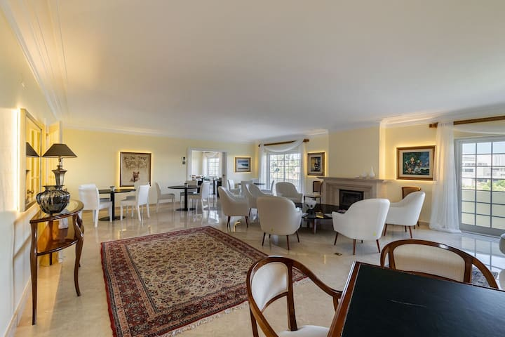 Double Suite at Estoril Luxury Suites & Spa