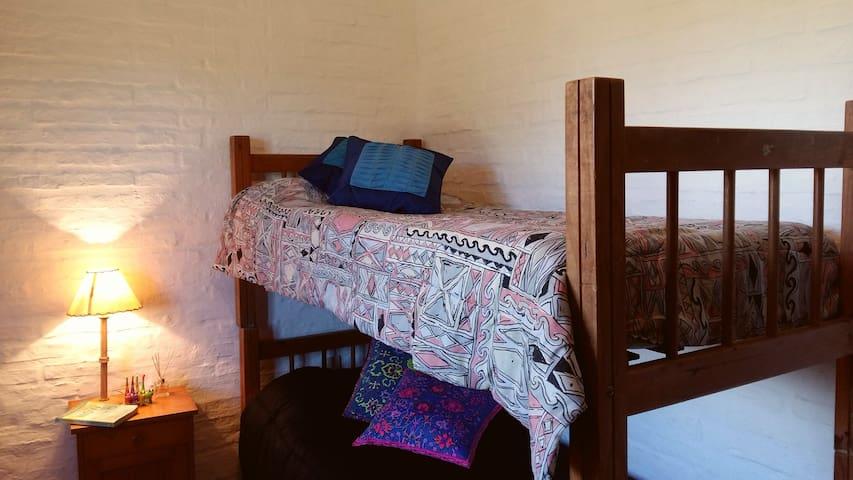 Coziest guest house. Walk to surf - La Paloma - Haus