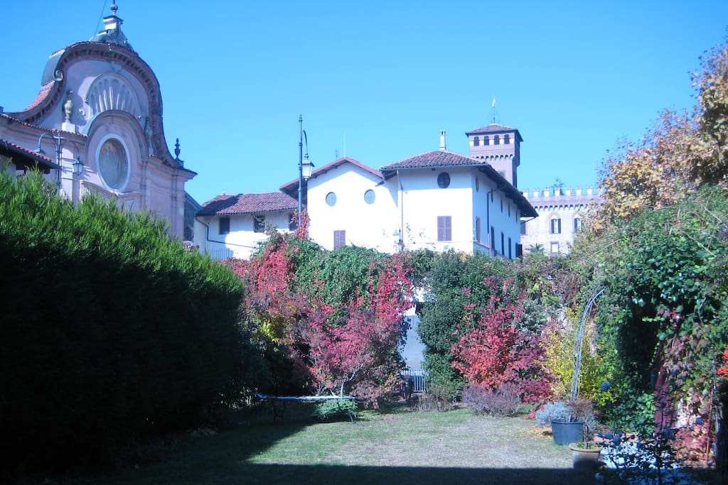 Casa vacanze vivenzia houses for rent in mazz piemonte for Piani di casa con guest house annessa