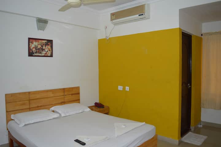 A V Residency- Non A/c Deluxe Double Room