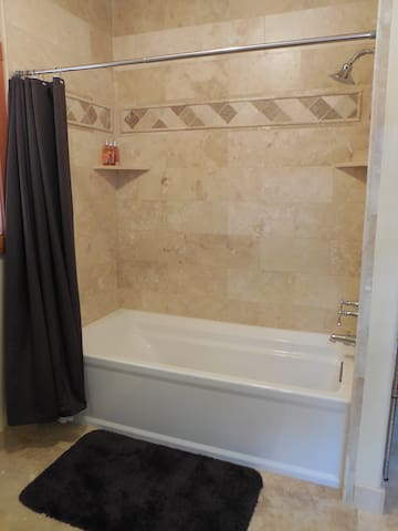 Private bathroom - 6 ft tub and shower