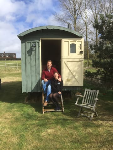 Shepherds Hut with stunning views. - Ipswich