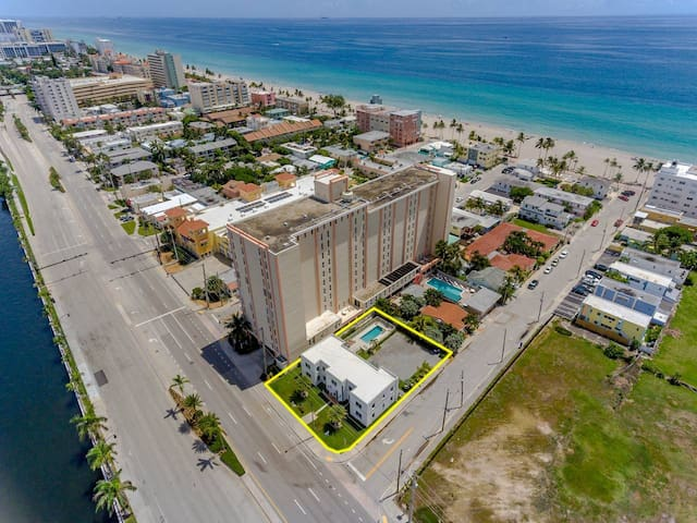 809 South Ocean Drive - Unit B HOLLYWOOD BEACH