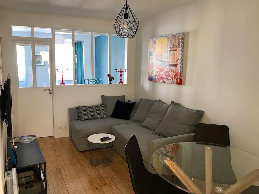 Living/dining room - Séjour salle à manger