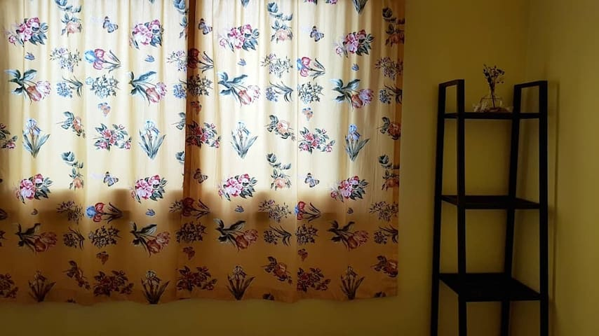 달정원방 - 아침 햇살이 따사롭게 들어오는 아늑한 1인실  / 달에물들다 힐링앤스테이