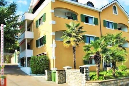Villa Beller - Apartment 8 - Ičići