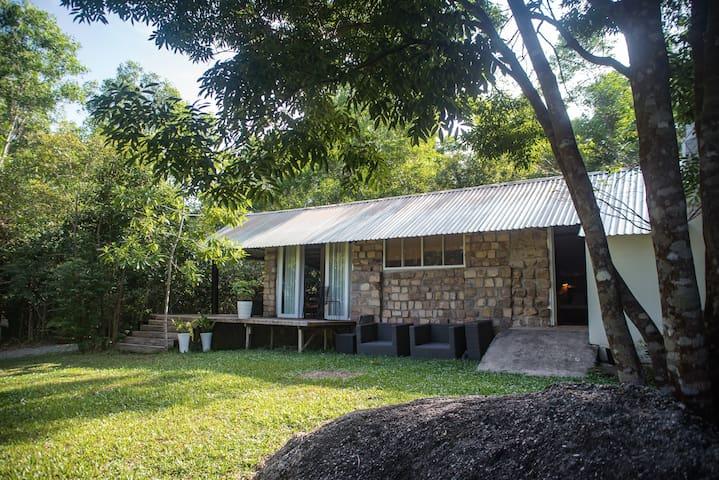 Lily House, cozy beautiful home near beach - tp. Phú Quốc - Ház