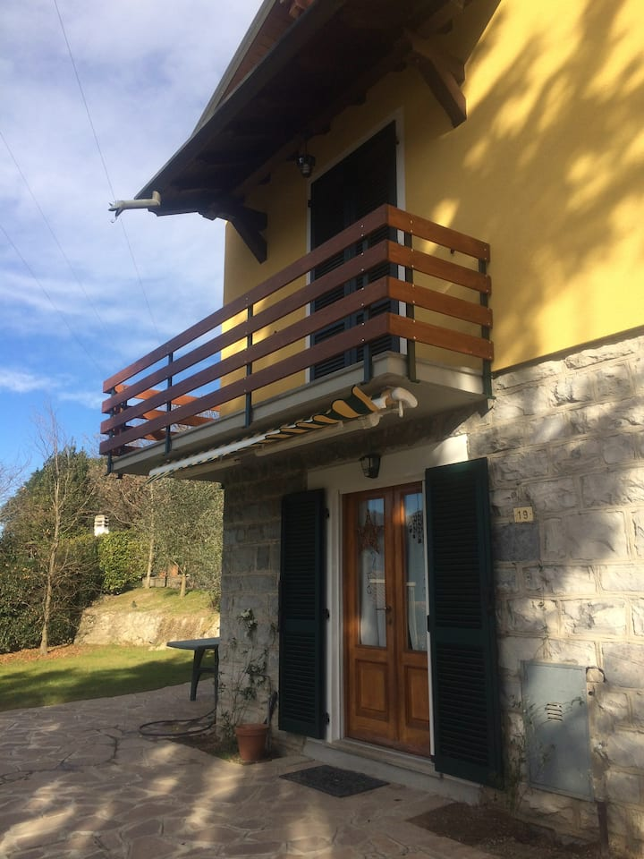 Villa a San Giorgio, Mandello del Lario