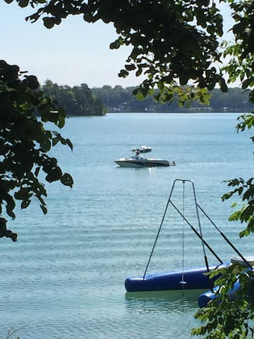 USOPEN Beaver Lake Home - 9 mi Erin - Hartland - Hus