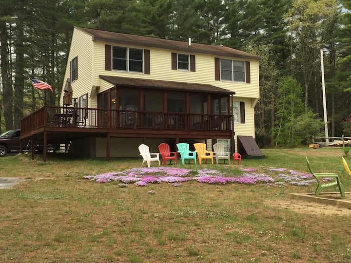 Charming 4 bedroom lake front home