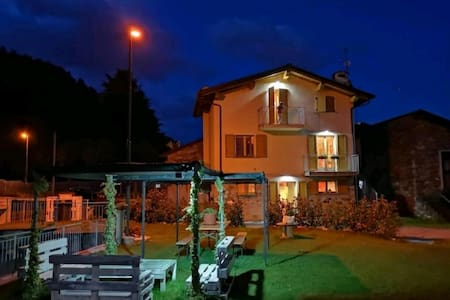 Taverna Relax Sara Triangia CIR: 014061-CNI-00014