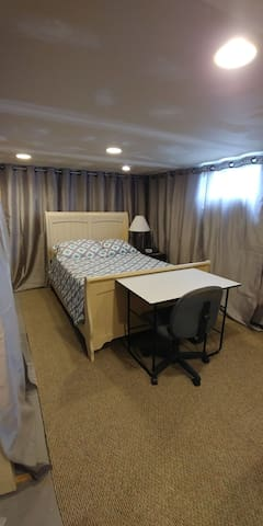 Private Basement Bed and .5 Bath