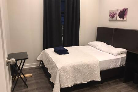 PRIVATE BEDROOM IN MANHATTAN NEW YORK CITY