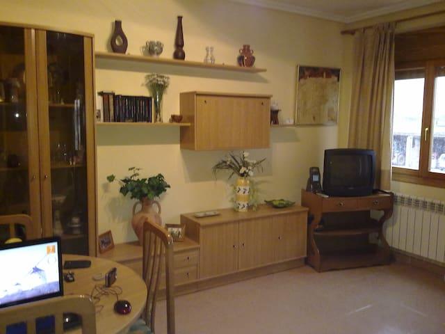Acogedor apartamento con luz natural en Rubielos