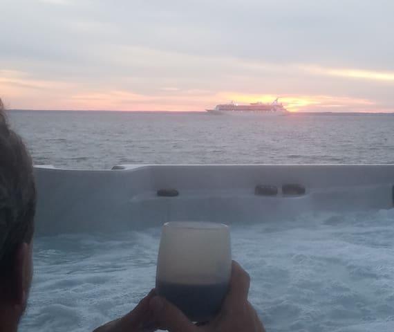 Seize The Bay