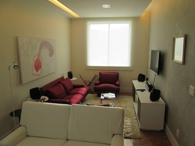 Apartamento novo 2 quartos - 1 quadra da Lagoa