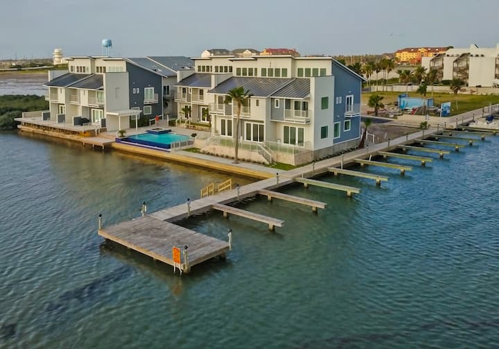 Incredible Views from this NEW Bayfront Rental!!