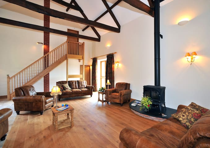 The Granary, Wood Advent Farm - Roadwater - House