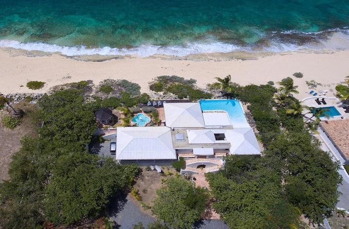 Beachfront Hacienda, Great Pool, AC, Free Wifi, Concierge, Near Restaurants, Shops