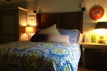 Blue Barn BnB Woodland Room - Millbrook - Oda + Kahvaltı