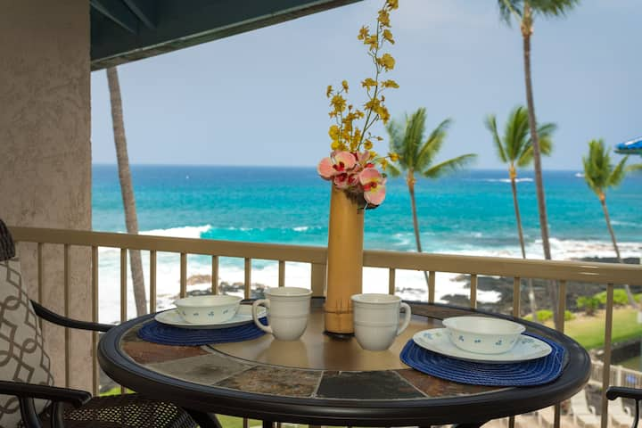 Kona Reef C-33 Two Amazing views from one lanai (ocean and pool)