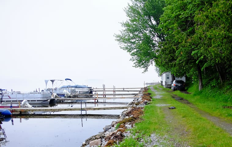 Alpine Resort cottage & boat rentals on Rice Lake