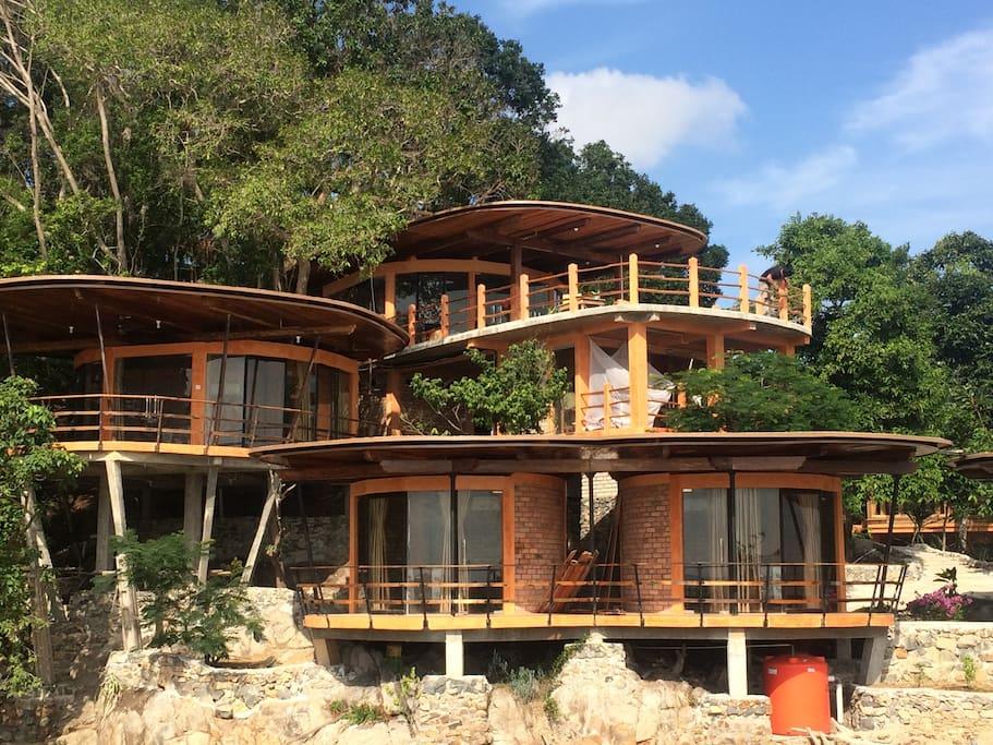 Isabelle's villa