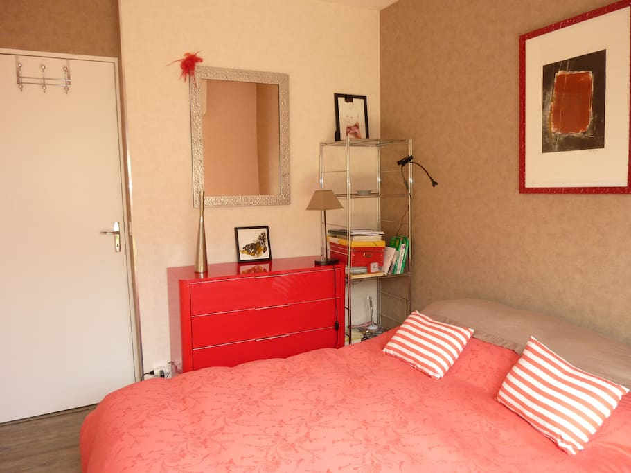 Cabourg centre 2 p avec beau jardin 300 m mer apartments for rent in cabourg normandie france - Beau jardin apartments ...