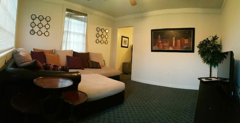 Great apartment close to EVERYTHING! - New Orleans - Flat