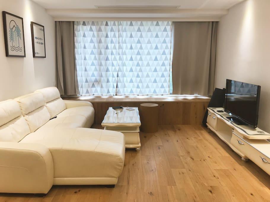 【客厅Living Room】葛优瘫在大沙发上看电视