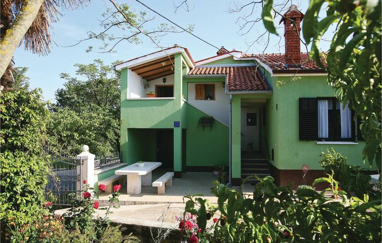 Holiday apartment with 1 bedroom on 30m² in Hreljici
