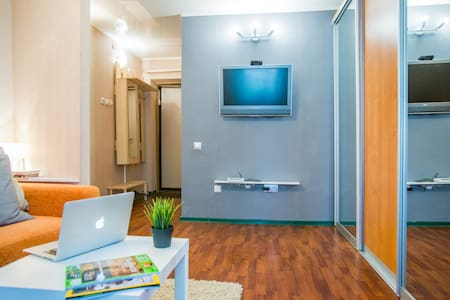 Milan: Cozy apartment 1km from the old center