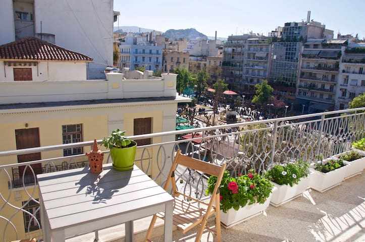 Penthouse room with view in central Athens - Athina - Leilighet