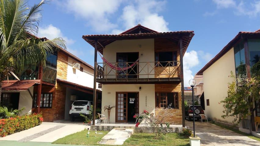 Casa a Beira Mar em condomínio fechado