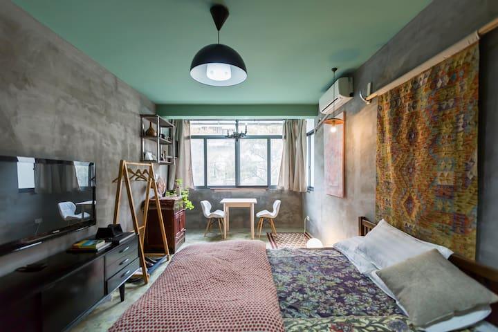400m (Metro) Gray Island 紧靠地铁11号线枫桥路站设计公寓 - Shanghai