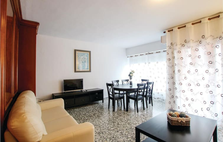 Holiday apartment with 3 bedrooms on 90m² in Alicante
