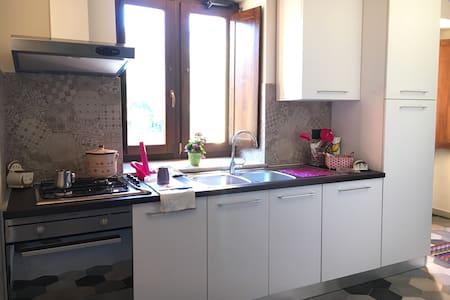 Accogliente appartamento in centro - Pontelatone