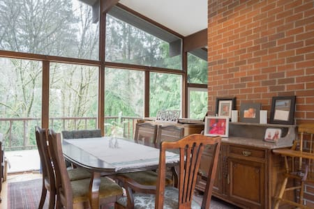Home on Mosher Creek Canyon - Bremerton - Dom