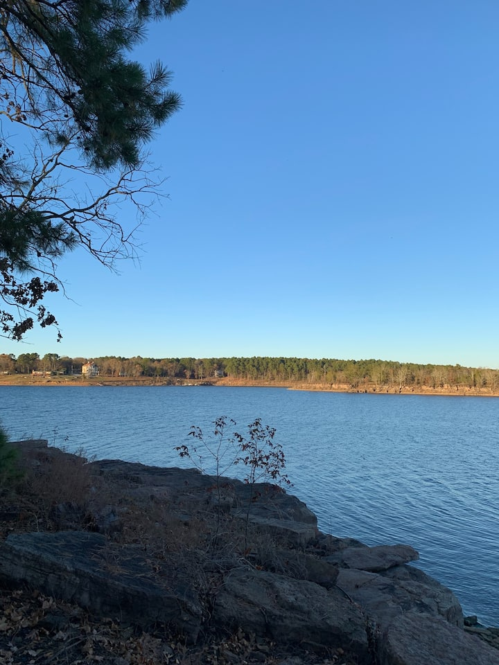 Great Lakeview Home on Greers Ferry Lake