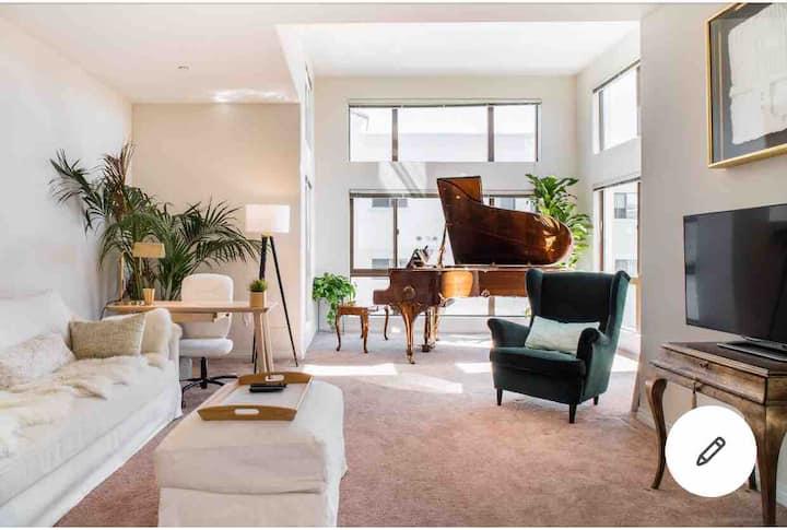 洛杉矶*熙臻行馆Da Vinci三房三卫三厅整套全新高级公寓