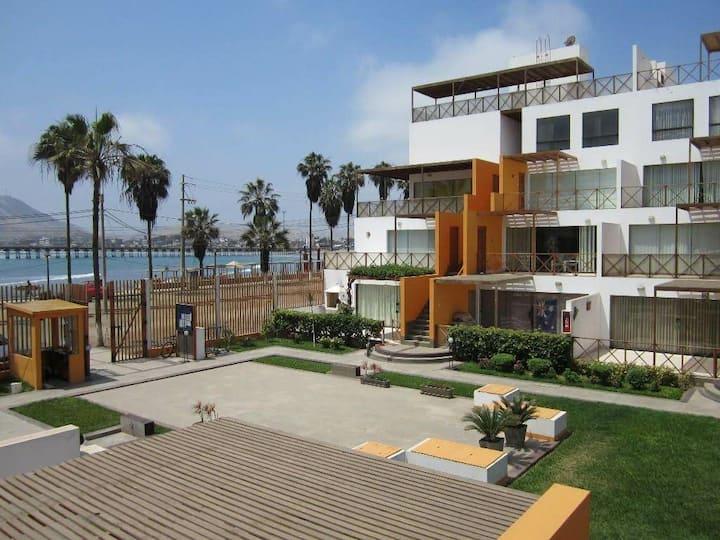 Alquilo lindo departamento frente al mar!