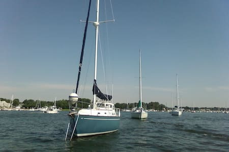 Cape Cod Sailing Paradise - Marion - Hajó