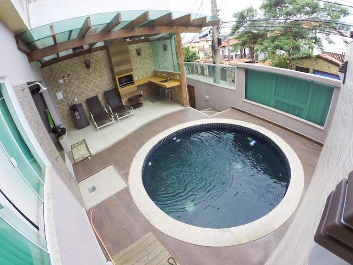 Casa C/ Piscina à 100m da PGrande Arraial do Cabo
