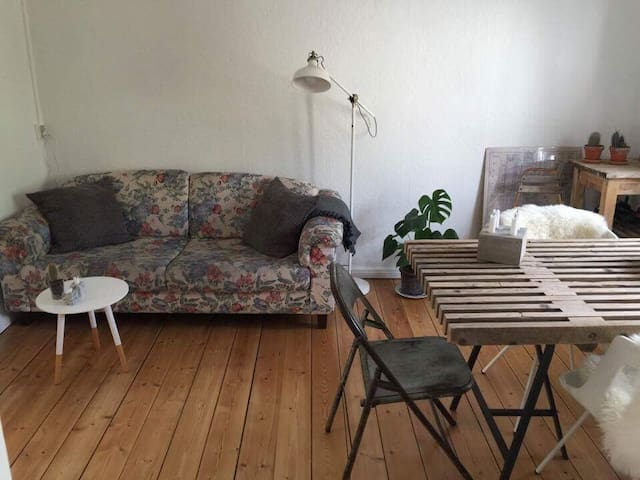 Hyggelig lejlighed i Hjertet af AA - Aalborg - Apartamento